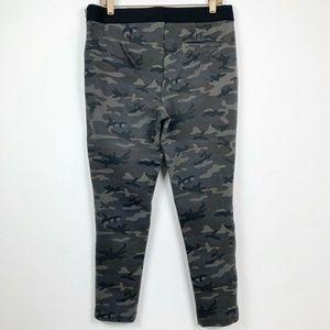 GAP Pants - Gap Womens Large Camouflage Leggings Pants Zip